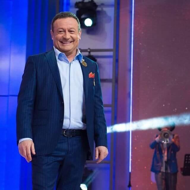 Димитър Рачков с облекло на Кардучи